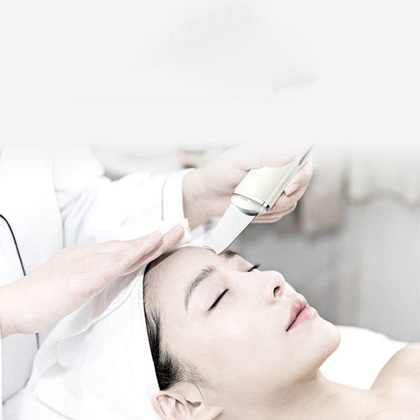 facial Skin Scrubber