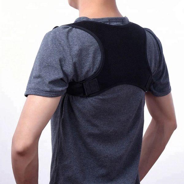 Shoulder corrector