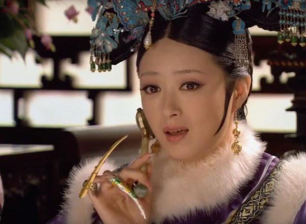 China Natural Jade Roller and Gua Sha Set